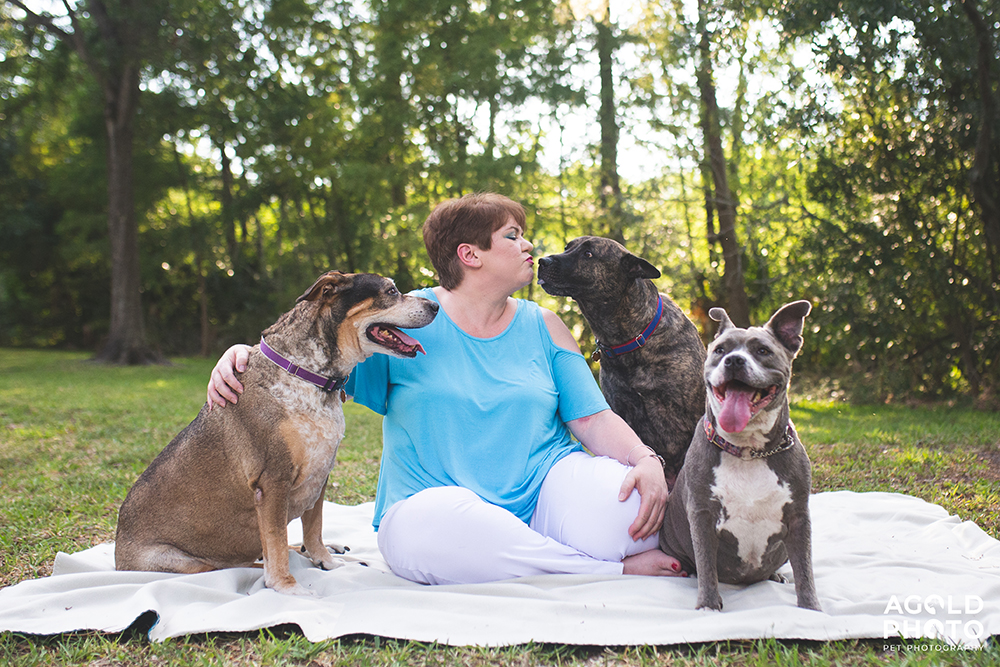 3 Tampa Pups and Their Dog Mom Smile for the Camera